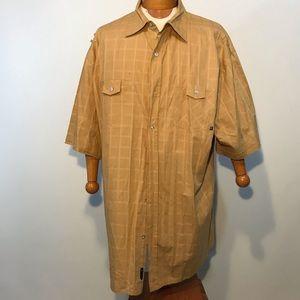 4XL Men's Rocawear Short Sleeve Button Up Shirt